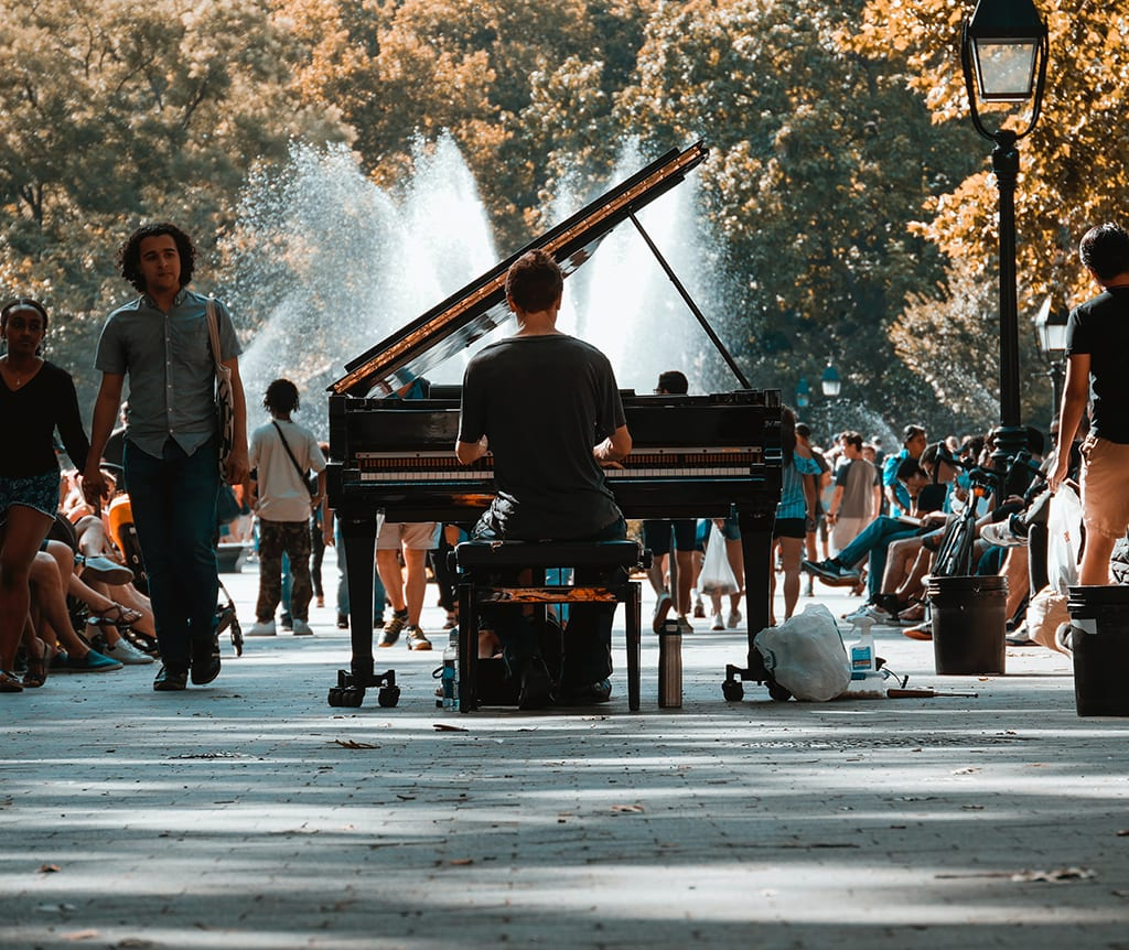 piano in the street